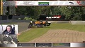 Max Verstappen gra w iRacing - i kasuje rywala