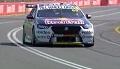 Max Verstappen na przejażdżce w samochodzie serii Supercars